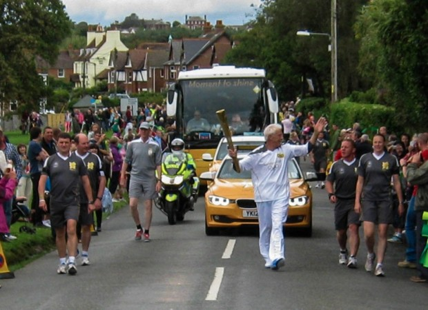 Olympic 2012 Torch Relay - Colwell Common.